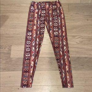 Onzie Aztec Pattern Leggings Size XS